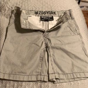 Zoo York Toddlers Short. Size 6. Brand New!